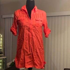 3/4 roll sleeve button detail tunic coral color